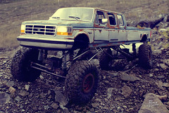 Ford F-350 6-door crawler 01 (My Scale Passion) Tags: ford f350 6door longbed long longesttruck unique 1992 custom build scale rc modeling styrene hardbody truck crawling crawler axial wraith scx10 vintage old retro scratch rockcrawling wide stretched climbing lifted double doublecab dual dualmotor classic 110 18 tekin exceed madtorque maxstone autumn