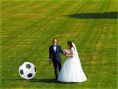 Actually, I would now like to play soccer   (Ostseeleuchte) Tags: spas fun hochzeit brautpaar wedding brideandgroom grnerrasen lawn traumundwirklichkeit dreamandreality fusball soccer 2016