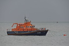 Severn Class Lifeboat (mike_j's photos) Tags: spurn head point humber river humberside rnli lifeboat prideofthehumber severn class 1705