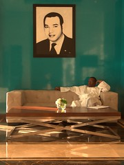 La bienveillance du portrait (JulienLec) Tags: maroc roi portrait hotel rabat mohamed6