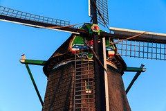 "Windmill ""De Kat"" Anno 1782, Zaanse Schans Netherlands (Maria_Globetrotter (not globetrotting)) Tags: travel holland detail tourism netherlands beautiful dutch architecture canon wonderful design spring fantastic perfect europe day postcard awesome details nederland landmark visit clear stunning lovely typical majestic incredible picturesque paysbas breathtaking pases frhling  holand vr lightroom bajos nederlnderna 650d 1585  mariaglobetrotter"