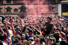 Holi festival, Kathmandu, Nepal (Andrew Taylor Photography) Tags: nepal colour festival crowd celebration kathmandu subject colourful festivity holi durbarsquare happyholi basantapurdurbarsquare colouredpowder trailokyamohannarayantemple playholi