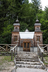 Cappella russa (Sandro Albanese) Tags: slovenia republikaslovenija slovenija europa europe natura nature verde green lago laghi lake lakes montagna mountain mountains