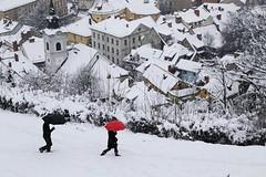 Snowing on the top of Ljubljana (Petaqui) Tags: slovenia ljubljana snow snowy nieve nevada nevado castillo castle laderas slope city canon 6d eos top invierno winter view