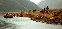 TRACKERS PULLING BOATS UP THE SHEENONG STREAM. CHINA (Gary Post) Tags: china trackers pulling boats up the sheenong stream