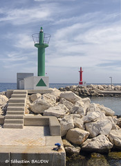 Bassirouge-Tricotvert (Seb BAUDIN) Tags: soleil port vert rouge tokina 1224 littoral balises