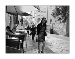 Women (are beautiful) (Franco & Lia) Tags: street fotografiadistrada photographiederue tribute omaggio garrywinogrand nuoro sardegna sardinia blackandwhite noiretblanc biancoenero
