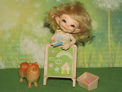 IMG_4678 (cat-soft paws) Tags: smile laughter  suitcase  people dress  indoor      realpuki clothes shoes trousers handmade manual work handwork  fashion owner summer sea sail  soso dog     crayons pencils figure  green
