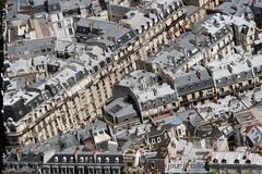 Paris Vue sur les toits (un jour j'irai l-bas) Tags: architecture toits paris roof