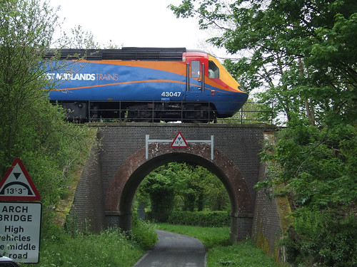HST at bridge 1700 at Hoe 18/5/13