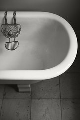 Tub (frntprchprss) Tags: blackandwhite massachusetts tub berkshires bathtub lenox themount jamesgehrt
