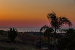 Colore le monde (tOntOnfred LP) Tags: sunrise sicily sicilia catania catane taormina taormine sun sky skyline