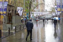Miserable day in Sydney (PM Clark) Tags: memorial rain sydney war remembrance tourism weather street nsw
