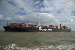 Essen Express DST_8076 (larry_antwerp) Tags: hapaglloyd essenexpress 9501370 container schip ship vessel        schelde        ossenisse nederland netherlands
