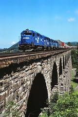 CR 3261                       7-85 (C E Turley) Tags: trains railway railroads erie conrail emdx