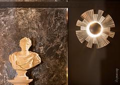 The Secret_01 (Decoratrix.com) Tags: casadecor decoración interiorismo madrid exposición 2016 piedra talla busto clasicismo lámpara aplique