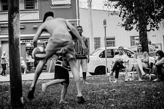 (thalesrenato) Tags: black white preto e branco monochrome monocromtico people movement move soccer football fusball pelada futebol bola ball kid park sports sport