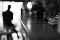 Sur le zinc (Alj4ck) Tags: bar pub drink lourdes france commerce black white