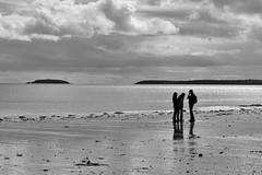 the sea speaks to the soul (dorameulman) Tags: claycastle youghal cocork ireland beach monochrome blackandwhite light seascape sea dorameulman travelphotography canon silhouette
