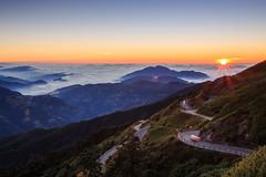 (samyaoo) Tags:    taiwan hehuanmountains hehuanshan nantou  longexposure       tree sea clouds fog mist sunset  tarokonationalpark nationalpark national park seaofclouds     galaxy star sky milkyway           trails car light
