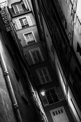 Claustrophobic... (Lens a Lot) Tags: canon ef 40 mm f 28 stm 2015 | 7 blades iris paris 2016 black white street photographie architecture building dutch angle tilt