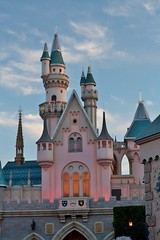 Sleeping Beauty Castle (Celavision) Tags: disneyland sleepingbeauty sleepingbeautycastle castle disneycastle markii sunset