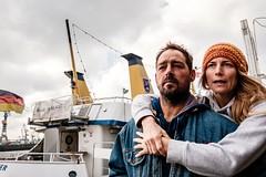 hug (ckaeberich) Tags: classicchrome wideangle xseries harbour ship couple candid paar hafen landungsbrcken hamburg