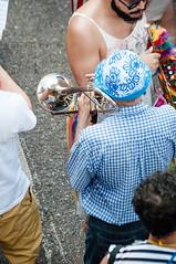 Pulmo em dia (Centim) Tags: bh belohorizonte minasgerais mg brasil br cidade estado pas sudeste capital continentesulamericano amricadosul foto fotografia nikon d90 carnaval carnavalizabh carnaval2016 carnavalizabh2016 senhor pessoa serhumano festa festividade trompete instrumento