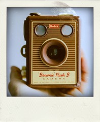Kodak Brownie Flash B (Leo Reynolds) Tags: xleol30x poladroid polaroid faux fauxpolaroid fake fakepolaroid phoney phoneypolaroid photography nottakenbyme camera groupeffectedcameras xxx2016xxx