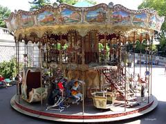 Le mange dAmlie Poulain  Montmartre (frenziM) Tags: paris montmartre mange amliepoulain carousel