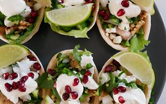 P1000457 (Tiki Chris) Tags: recipe tacos oldelpaso walnut pomegranate chickentacos walnutandpomegranatechickentacos