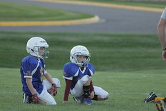 1250 (bubbaonthenet) Tags: 09292016 game stma community 4th grade youth football team 2 5 education tackle 4 blue vs 3 gold