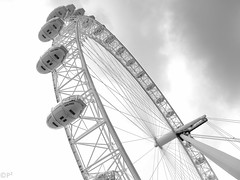 London Eye (THE ARCH1) Tags: london eye uk unitedkingdom greatbritian england ferriswheel blackandwhite bw clouds cloudcover