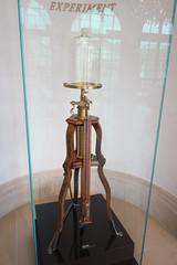 1700 vacuum pump (quinet) Tags: 1700 2014 dresden germany mathandphysicsmuseum mathematischphysikalischersalon royalcabinetofmathematicalandphysicalinstruments saxony uhr vakuum zwinger clock horloge vacuum vide