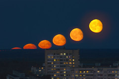 (engine9.ru) Tags:     300mm  moon motion timelapse russia rise sky blue moonrise night