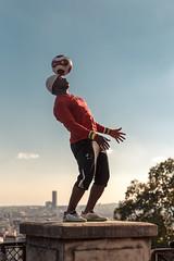 Montmartre, Paris (john.gillespie) Tags: france bastille montmartre juggling 2016 september summer francias beautiful football iyatraor soccer vsco streetart tourists streetperformer tourism sacrecoeur paris