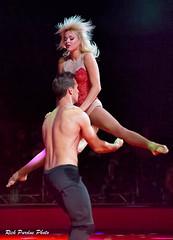 A Catch  By Mikhail & Anastasia (Partridge Road) Tags: circo hermanos vazquez chicago illinois circus handbalancing mikhail anastasia