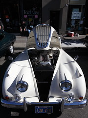 ten afterthoughts (1600 Squirrels) Tags: 1600squirrels photo 5dii lenstagged canon24105f4 classic car automobile show downtownalamedaclassiccarshow parkstreet alameda alamedacounty eastbay sfbayarea nocal california usa jaguar xk120