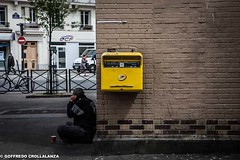 STREET_PARIS_METRO-4 (GOFFRY1) Tags: street paris france art yellow sad photos beggar begging posting grenelle