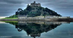 St Michael's Mount (Life-Photography) Tags: flickrstruereflection2 flickrstruereflection3 flickrstruereflection5 flickrstruereflection6 flickrstruereflection7 flickrstruereflectionexcellence flickrsfinestimages1 flickrsfinestimages2 flickrsfinestimages3