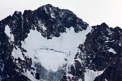 Monte Disgrazia (3.678 m) - 2/3 (Stefano) Tags: montagna mountain monte disgrazia cima top ghiacciaio glacier ice ghiaccio neve snow silenzio silence estate summer 2016 altaviavalmelenco valtellina alta via valmalenco natura nature
