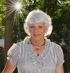 Woman In Sunshine (Laurette Victoria) Tags: sun silver blouse necklace woman female laurette laurettemcgovern milwaukee