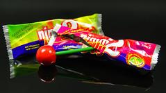 Macro Monday - Sweet Spot Squared (Körnchen59) Tags: macromonday spot squared nimm2 lolly bunt color essen süsigkeiten körnchen59 elke körner pentax sweet lollipop