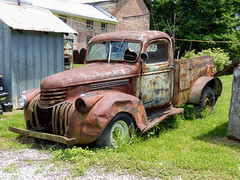 Tom's Dinged Up Rusty 1946? Chevrolet Pickup Truck (J Wells S) Tags: 1946chevroletpickuptruck chevy centralautorebuilders rust rusty crusty abandoned tomrohrich historictruck vintagetruck batavia ohio mikestowingrecovery aths americantruckhistoricalsociety