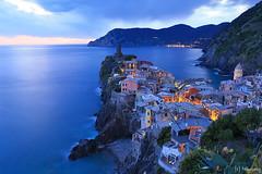 Vernazza at dusk (tomosang R32m) Tags: night yakei  blue bluemoment cinqueterre  liguria   italia italy laspezia   vernazza  canon eos 6d coast