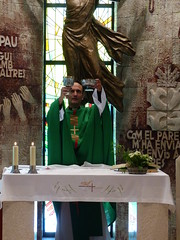 Misa 1 (Immanuel COR NOU) Tags: caliz copn misa missa messe kelch patena catlico katholisch ambn incienso