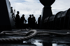 161013-N-JH293-143 (U.S. Pacific Fleet) Tags: ussgb greenbay ussgreenbay lpd20 japan sasebo underway bhr esg cpr11 ctf76 patrol deployed us7thfleet pacific ocean water navy marines usmc 31meu vmm262 nbu7 lcac lcu na southchinasea jpn