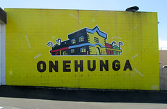 20161013-IMG_1724.jpg (High Beach) Tags: billboard onehunga newzealand sign places auckland oceania nz