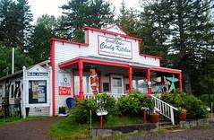 Great Lakes Candy Kitchen (Cragin Spring) Tags: greatlakescandykitchen building architecture candy store mn minnesota kniferiver kniferivermn kniferiverminnesota rural midwest unitedstates usa unitedstatesofamerica