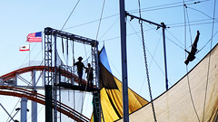 Trapeze School (Flapweb) Tags: socal santamonica california trapeze circus sony sonyilce6000 sonyalpha6000 alpha6000 a6000